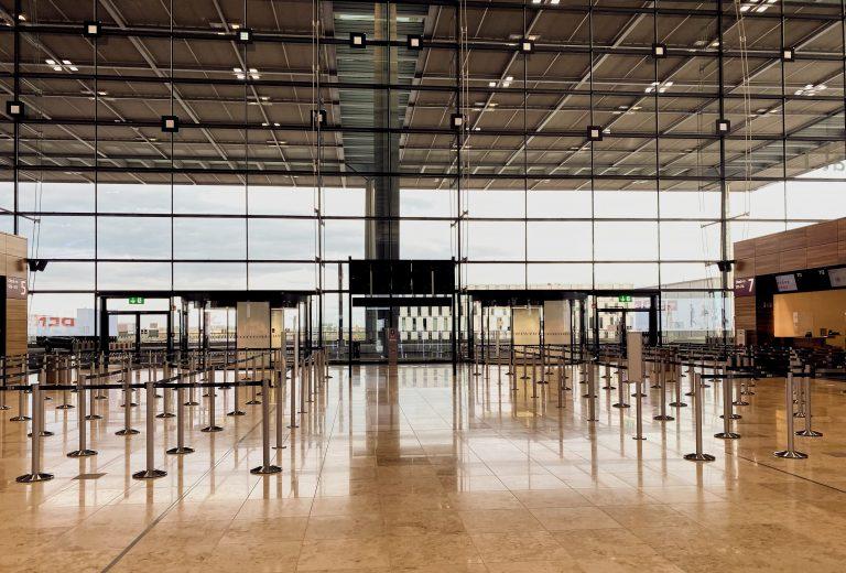 Milliardenkrise Luftverkehr – BER Hauptstadtflughafen braucht Geld